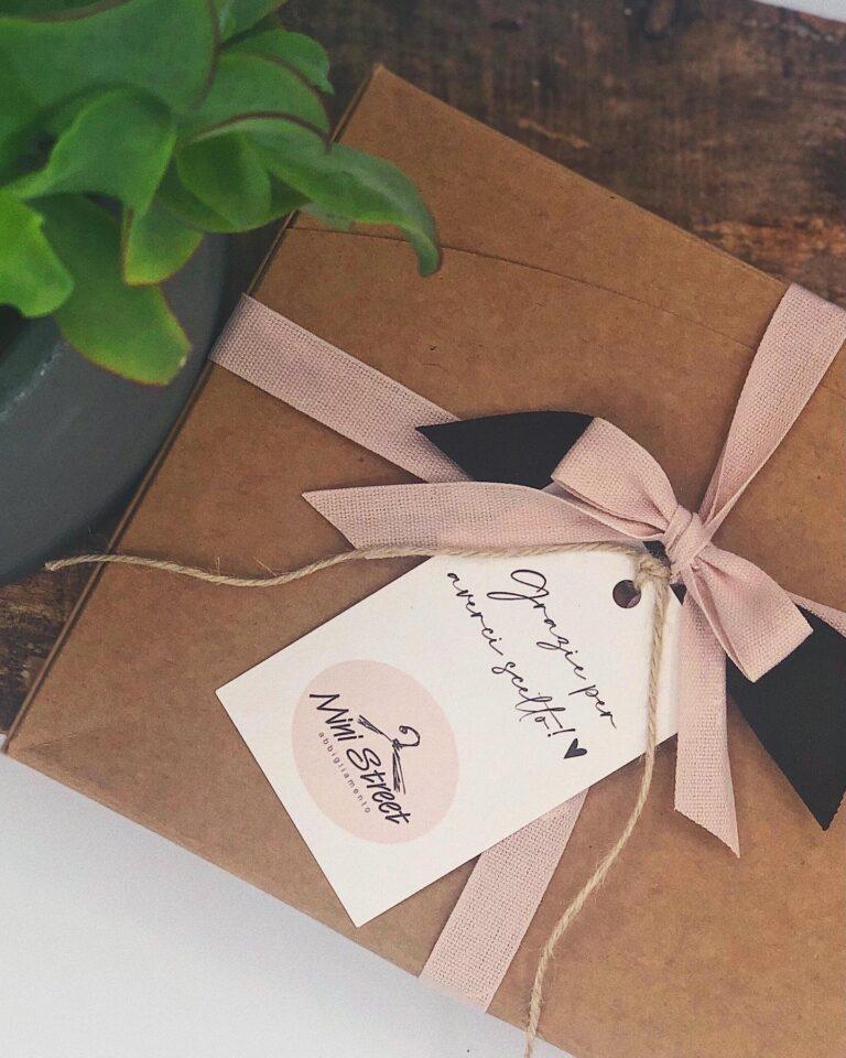 Tag personalizzati per packaging